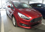 Ford S-Max TITANIUM Ruby-Rot